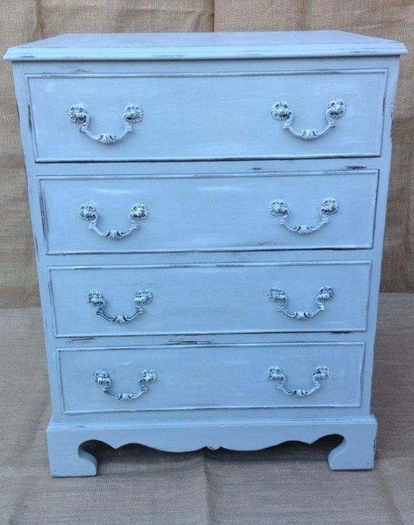 Chest of drawers comprising of 4 drawers. Painted with Autentico Chalk Paint in colour 'After Rain '