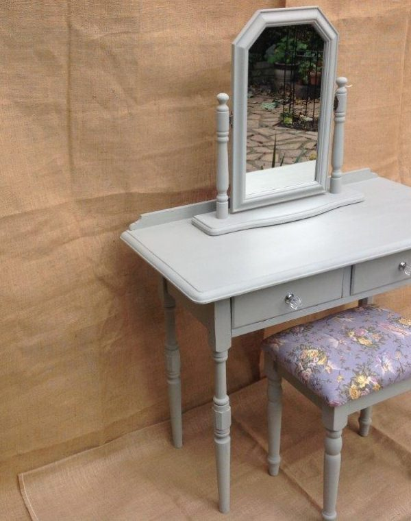 Dressing table set painted in colour After Rain
