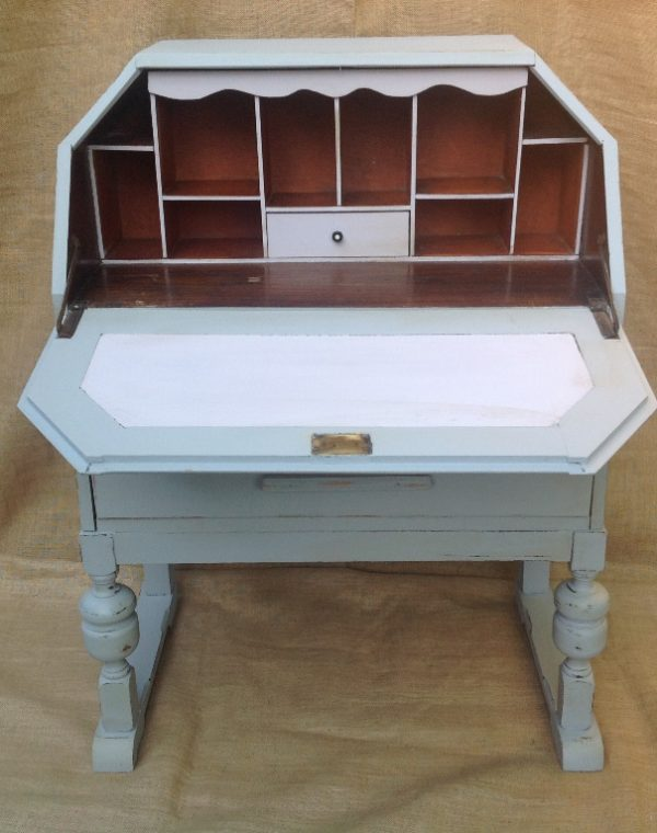 Bureau painted in colour After Rain pale grey with Colour Lilac on the inside