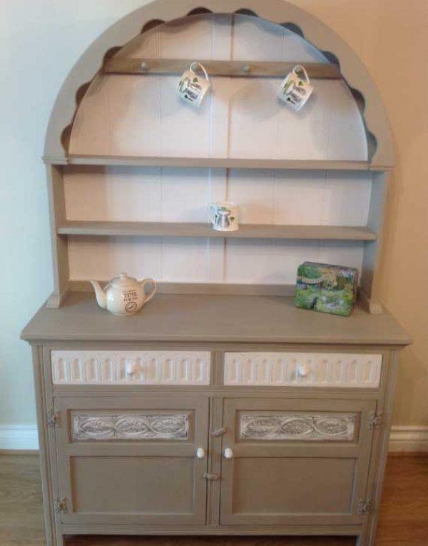 Dutch Dresser. Colours White Pepper & Pebbles